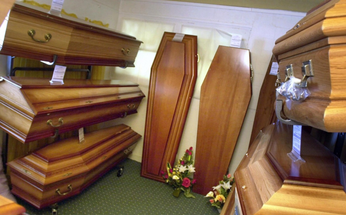 Save money on Coffin costs